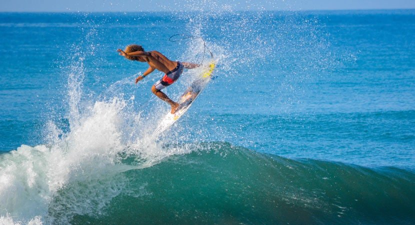 Carlos Muñoz, Surfing Costa rica, Playa Hermosa costa rica, Costa Rica Surfing