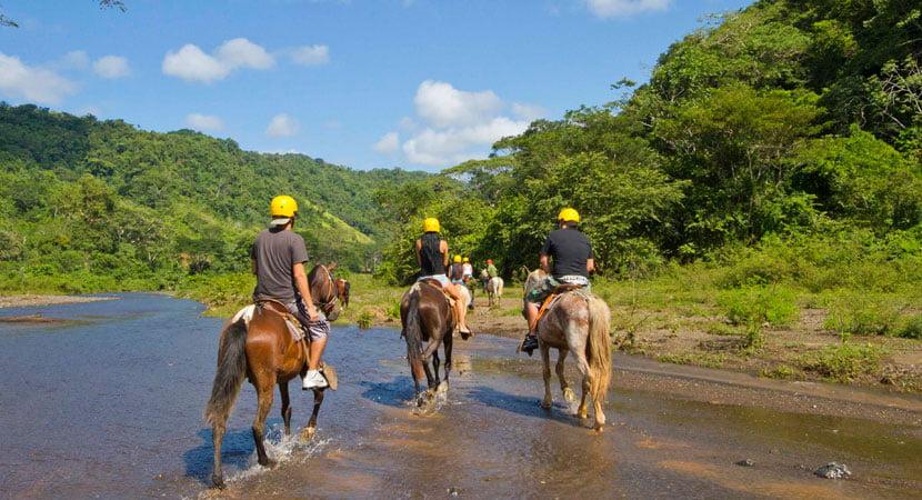Horseback Tour jaco costa rica, costa rica jaco horseback riding,